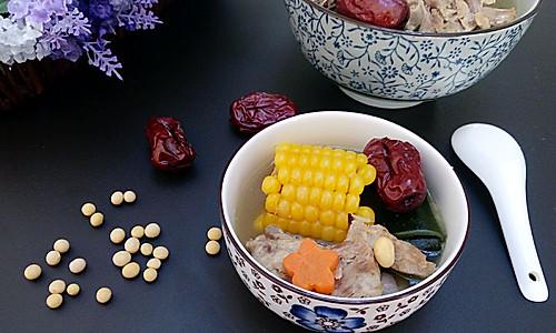 玉米海带排骨汤#美的女王节#的做法