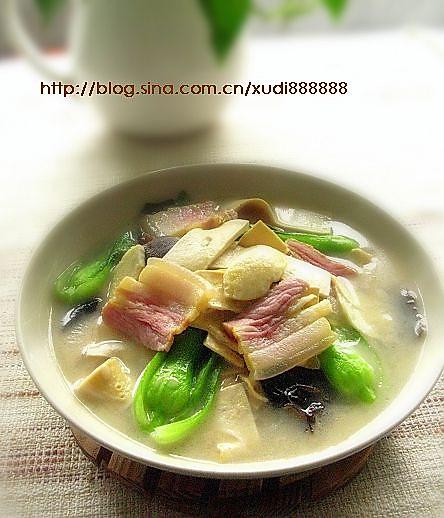 咸肉炖百叶的做法