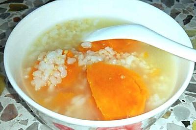 每日一粥: 糙米红薯小米粥