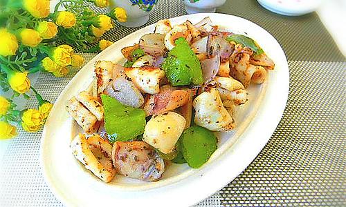 黑椒鱿鱼块——利仁电火锅试用菜谱的做法