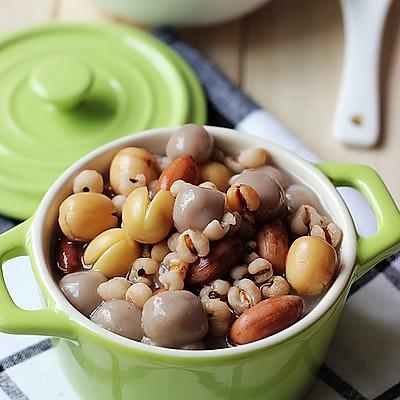 花生薏米芋圆汤