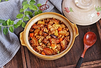 土豆五花肉焖饭的做法