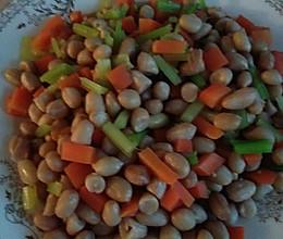 凉拌芹菜花生米小咸菜的做法