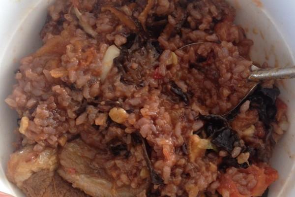 米饭锅闷拌饭的做法