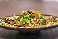 烧辣椒皮蛋!虎皮青椒和凉拌皮蛋合体,居然好吃到犯规?的做法