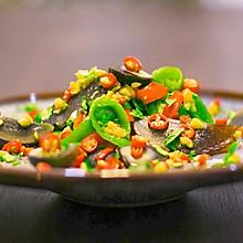 烧辣椒皮蛋!虎皮青椒和凉拌皮蛋合体,居然好吃到犯规?