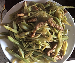 一辈子只做一次的芸豆丝炒肉丝的做法