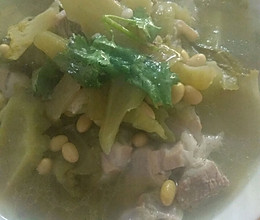 黄豆苦瓜汤的做法
