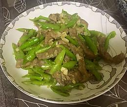 杭椒炒牛柳的做法