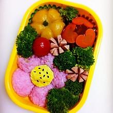 幼稚园便当———粉色花朵便当