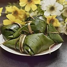 辣香肠咸蛋黄四角粽