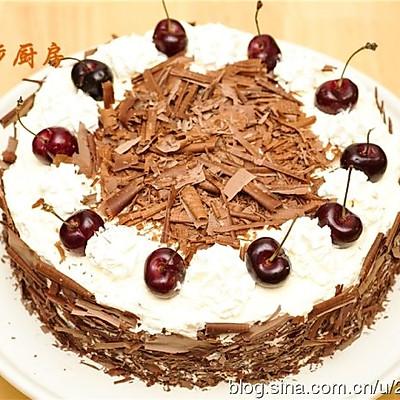 【曼步厨房】- 黑森林樱桃奶油蛋糕
