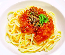 (完胜必胜客的)番茄肉酱意面的做法