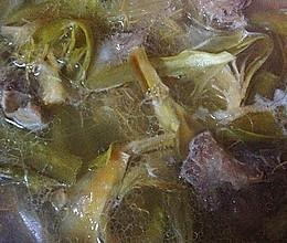 剑花猪骨汤的做法