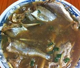 红烧小黄鱼(肉质香嫩,汤美味可口)的做法