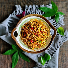 #520,美食撩动TA的心!#凉拌黄瓜金针菇