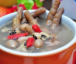 花生眉豆鸡爪汤的做法