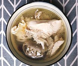 干鲍鱼瑶柱花胶炖鸡汤的做法