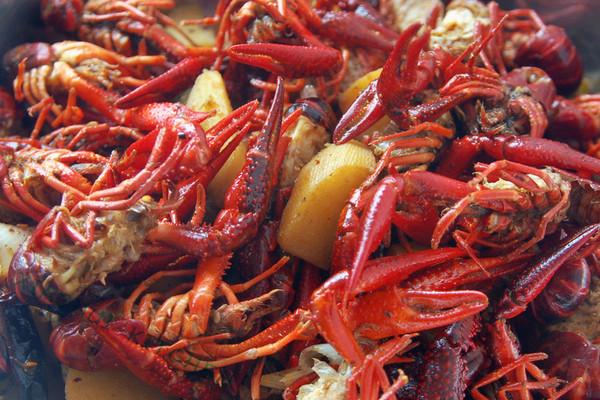 川香小龙虾的做法