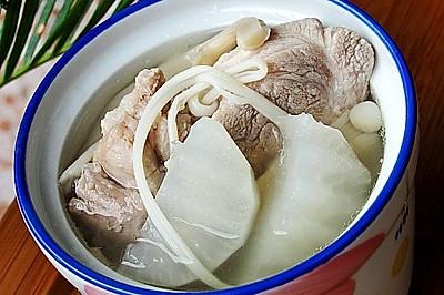 萝卜菌菇大骨汤