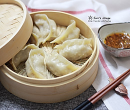 #精品菜谱挑战赛#不出正月都是过年--驴肉蒸饺的做法