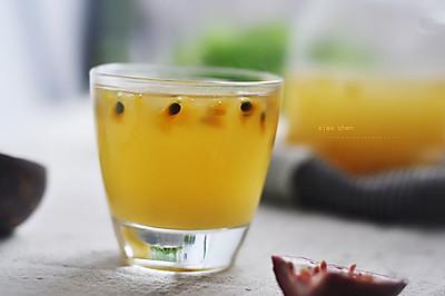 甜梨百香果汁——暖暖的果汁