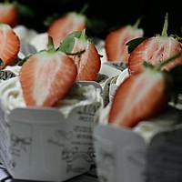 草莓杯子蛋糕的做法图解4