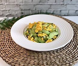 黄瓜炒鸡蛋(快手菜)的做法