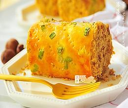 掌握五点面包卷保证不开裂——孩子最完美早餐【香葱肉松面包卷】的做法