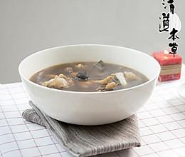黑蒜猪骨汤的做法