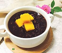 黑糯米杂粮养生粥的做法