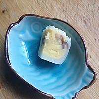 奶黄栗子馅冰皮月饼的做法图解2