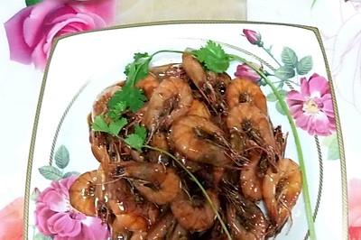 用糖鹽醋淀粉和料酒做出來的焅大蝦