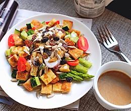 全麦吐司蔬菜沙拉的做法