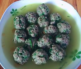 水煮香菜牛肉丸子的做法
