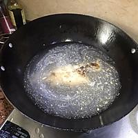 #花10分钟,做一道菜!#潮州咸酸菜香菇滚海鲈的做法图解5