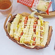 #丘比三明治#热狗肠沙拉蛋沙拉三明治