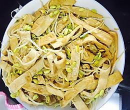 豆芽炖豆腐的做法