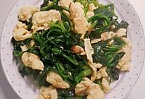 鸡蛋丝炒菠菜的做法