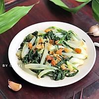 #快手又营养,我家的冬日必备菜品# 猪油渣炒小白菜的做法图解6