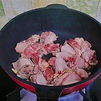 黄焖鸡肉的做法图解3