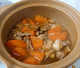 羊肉闷胡萝卜的做法