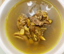 香菇板栗鸡汤的做法