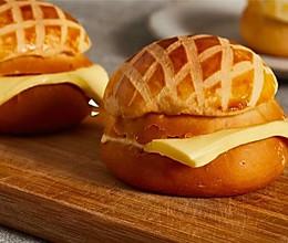 【菠萝油】大厨教做菠萝包,味道正,卖相好!的做法