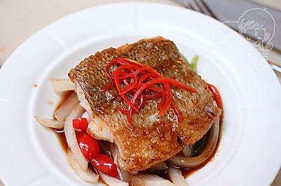 香煎海鲈鱼