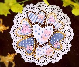 【美食魔法】少女心蝴蝶结玫瑰爱心糖霜饼干的做法