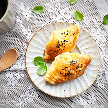 简单到不能再简单的榴莲酥,但仍是美味的!