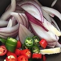 年夜饭必备—泰式冬阴功浓汤虾的做法图解3