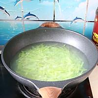#福气年夜菜#清爽好吃的莴苣炒榨菜肉丝的做法图解5