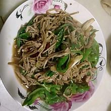 蒜苗金针菇炒肉丝